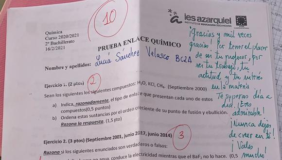 Las anotaciones de un profesor se han vuelto virales luego de que una alumna las publicara a través de sus redes sociales. (Foto: @sanchez_luciiaa / Twitter)