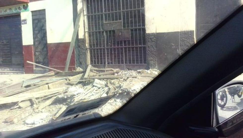 Rímac: balcón sin mantenimiento se desplomó en la vereda - 2