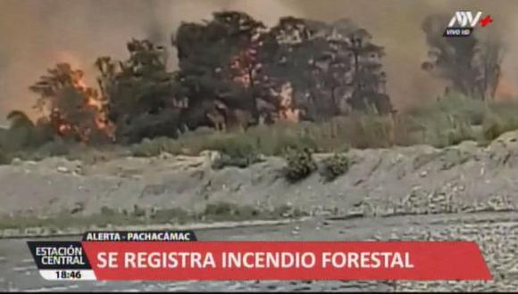 De acuerdo al Cuerpo General de Bomberos Voluntarios del Perú, el incidente inició a las 05:56 p.m.(Video: ATV+)
