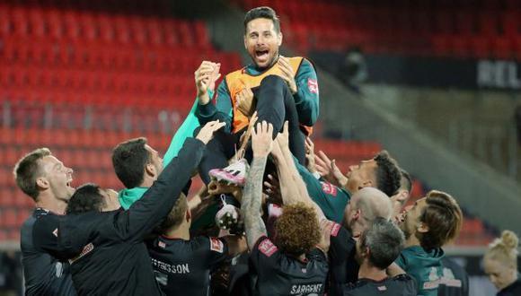 Claudio Pizarro estuvo 21 temporadas consecutivas en Europa.  (Foto: Werder Bremen)