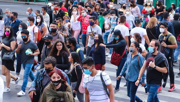 """La OMS advirtió de que la inmunidad de rebaño """"es simplemente contrario a la ética. No es una opción"""". (Foto: EFE/José Pazos)"""