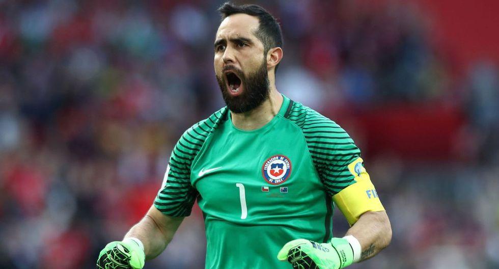Claudio Bravo jugó dos Copas del Mundo con Chile. (Foto: AFP)