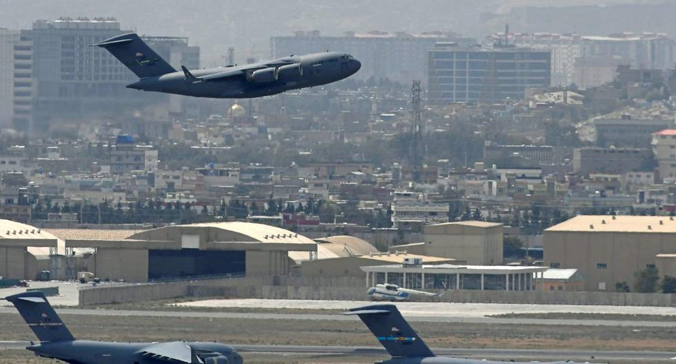 Rockets fired at Kabul airport on US penultimate day in Afghanistan