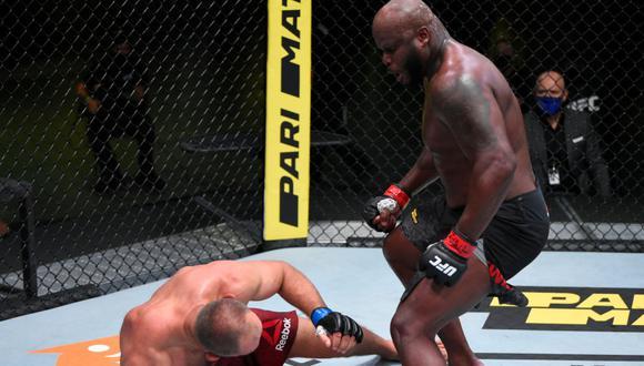 Oleinik noqueó a Lewis en el segundo asalto y ganó el duelo estelar | Foto: UFC