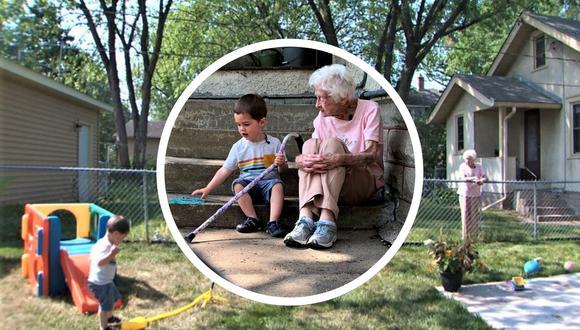 Un niño y una anciana en Estados Unidos se convirtieron en grandes amigos al pasar sus días e interactuar a través de la cerca que separa sus casas. | Crédito: Sarah Olson / Chad Nelson / KARE