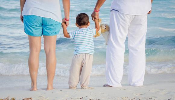 Miles de familias acuden a playas y piscinas en el verano. (Foto: Pixabay)