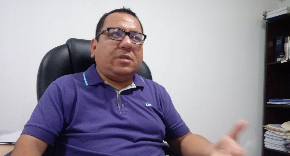 El abogado Richard Asmat solicitó que la Fiscalía Anticorrupción del Santa inicie una investigación por los presuntos delitos de corrupción de funcionarios. (Foto: Laura Urbina)