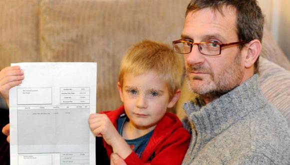 Londres: multan a niño de 5 años por no asistir a una fiesta