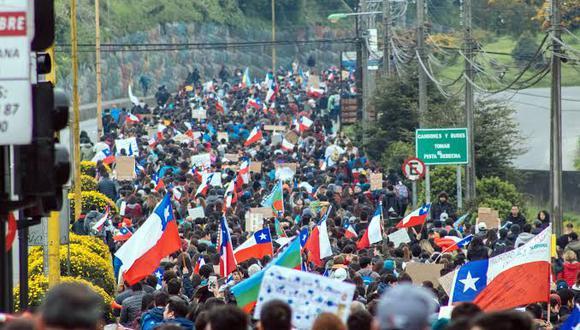 Desde Chile hasta Inglaterra, la desafección del ciudadano con los partidos y los políticos ha ido en aumento, mientras su asistencia a votar en elecciones ha disminuido
