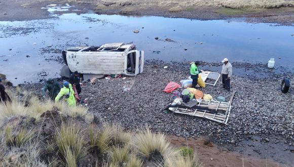 El accidente de tránsito ocurrió a las 2 de la mañana a la altura de la comunidad San Juan de Dios, en la provincia de Puno (Foto: Carlos Fernández)