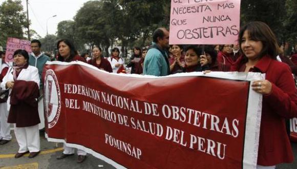 La ministra de Salud, Patricia García, indicó que hoy se reunirá con los gremios de enfermeras obstetras en huelga.