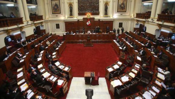 Cinco legisladores renuncian a canasta navideña del Congreso