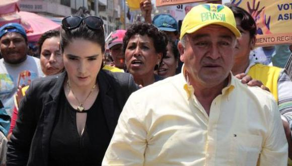 Fiscalía levanta secreto bancario de Roberto Torres y Katiuskha