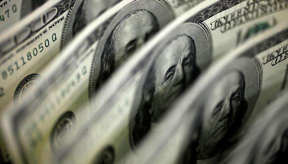 El dólar se negociaba a 19,9 pesos en México este miércoles. (Foto: Reuters)
