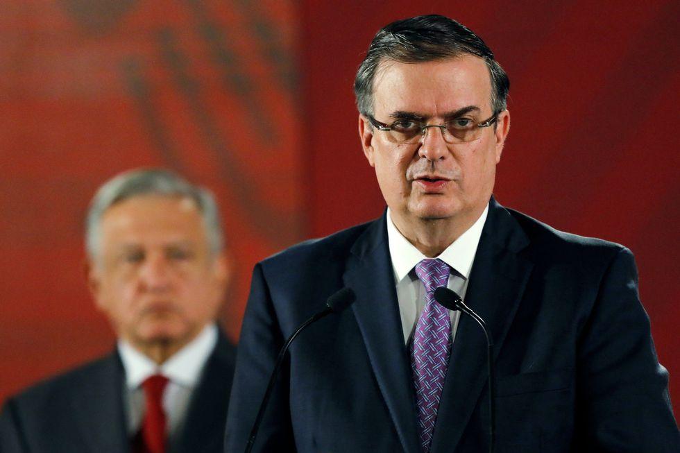 El ministro de Relaciones Exteriores de México, Marcelo Ebrard, se pronuncia en la conferencia de prensa matutina. (Foto: Reuters)