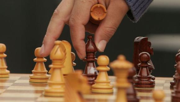 En solo unas horas, la máquina obtuvo un nivel 'sobrehumano' en el ajedrez. (Foto: El Comercio)