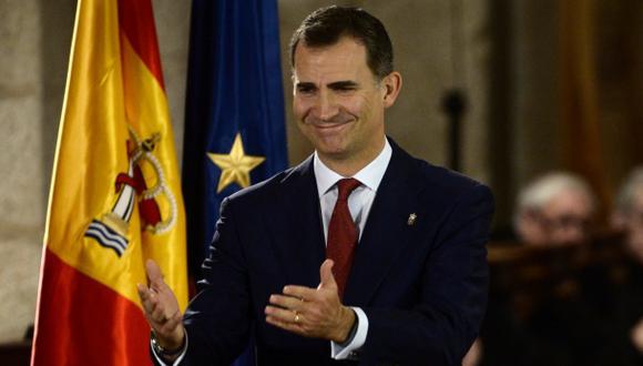 Felipe de Borbón promete servir a una España unida y diversa