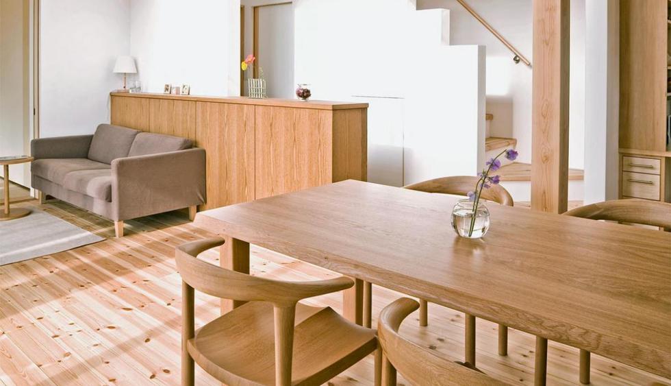 Las vetas de los pisos de madera deben en dirección del largo del espacio. (Foto: Getty Images)