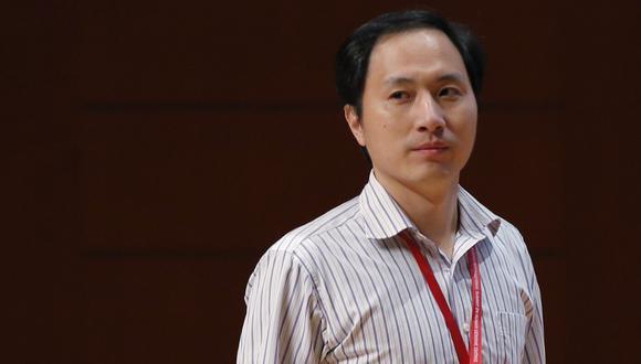 El científico chino saltó a la fama a nivel mundial a finales de 2018 tras afirmar que había conseguido crear bebés manipulados genéticamente para resistir al VIH. (Foto: AP)