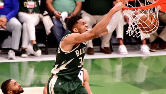 Bucks venció a Suns y dejó la serie 1-2 en las Finales de la NBA