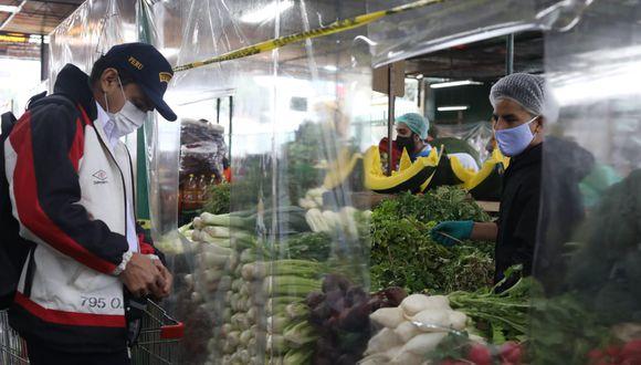 Municipalidad de Villa El Salvador estableció horarios de atención en mercados mayoristas, minoristas y espacios temporales para la venta de alimentos. (Foto referencial: Britanie Arroyo/GEC)