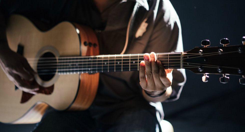 La diferencia de sonido entre una guitarra de 5000 dólares y otra de 150, explicada por un youtuber. (Foto: Referencial/Pixabay)