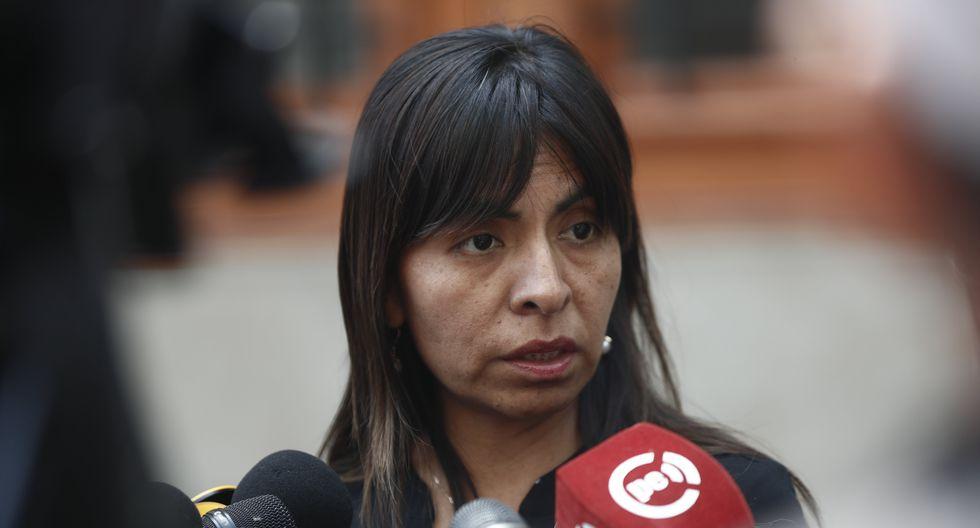 La abogada Giulliana Loza será investigada por el presunto delito de obstrucción a la justicia.(FOTO: GEC)