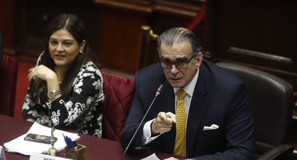Pedro Olaechea encabezó este miércoles la cuarta sesión de la Comisión Permanente desde la disolución del Congreso. (Foto: César Campos)