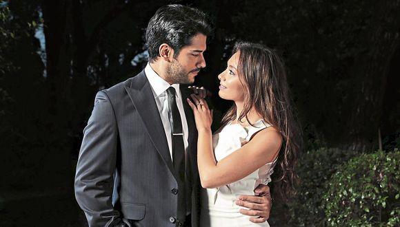 "Kara Sevda (""Amor eterno"") se convirtió en  la primera telenovela turca en ganar el premio Emmy."