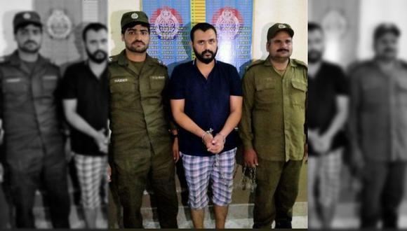 El hombre, que la policía identificó como Hassan Sidiqui, llevó a la niña lesionada a un hospital, pero huyó cuando cayó en la cuenta que pudo haber muerto. Posteriormente fue capturado. (Twitter)