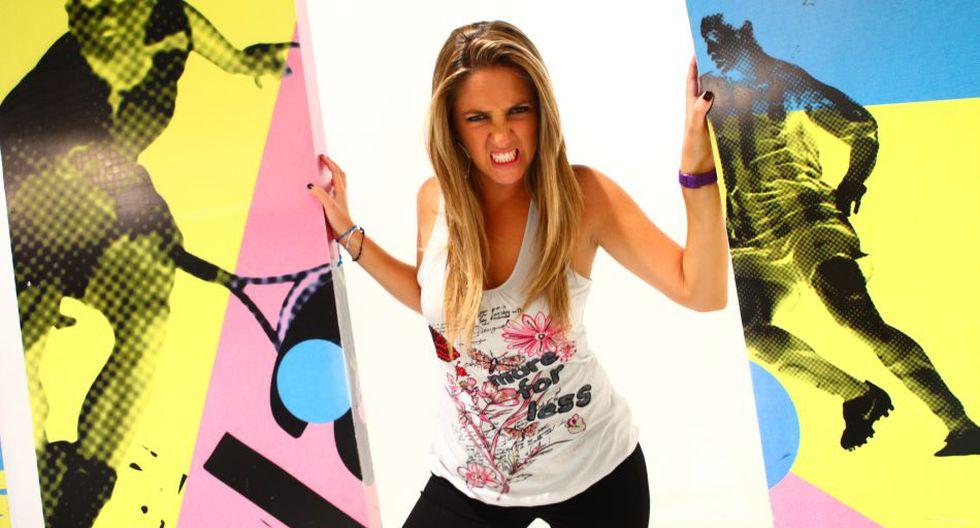 """Miss fútbol"": Joanna Boloña opina en la revista DT Mundial - 8"