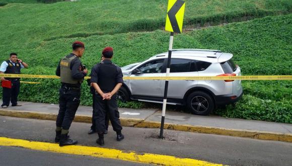 Crimen en bajada de Armendáriz: así quedó camioneta tras ataque - 9