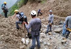 Huancavelica: reanudan búsqueda de maquinista sepultado por huaico | FOTOS