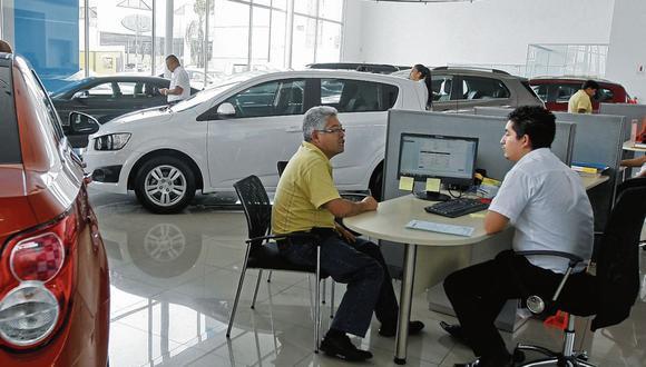 La adquisición de dichos vehículos (automóviles, camionetas, pick up y furgonetas, station wagon, SUV y todoterrenos) registró un total de 7.084 unidades. (Foto: GEC)