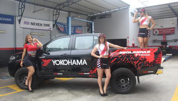 Las bellas Chicas Yokohama siempre están presentes en las carreras de La Chutana. (Fotos y videos: Ruedas&Tuercas)