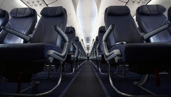 AETAI explica que no será necesario liberar un asiento por fila en los aviones, debido a que el ambiente dentro de las cabinas esteriliza el virus y los contagios.