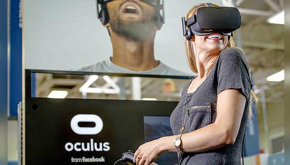 Mark Zuckerberg considera que la realidad virtual será masiva en el futuro. El CEO de Facebook dijo que le costará entre cinco y diez años volver popular a esta tecnología. (Foto: AP)