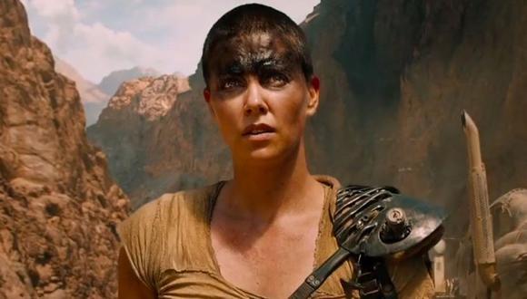 Según explicó Miller, esta nueva precuela contará la vida de una joven Furiosa, por lo que ya no podrá contar con Theron para ello. (Foto: Warner Bros.)