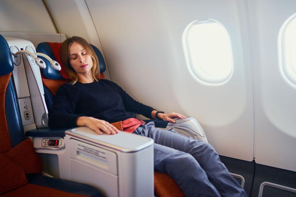 QVKJXZNBURE6VFZJ3SIDJJBGNU - Air travel: beauty tips to take care of your skin on long flights   BEAUTY   SKIN Beauty