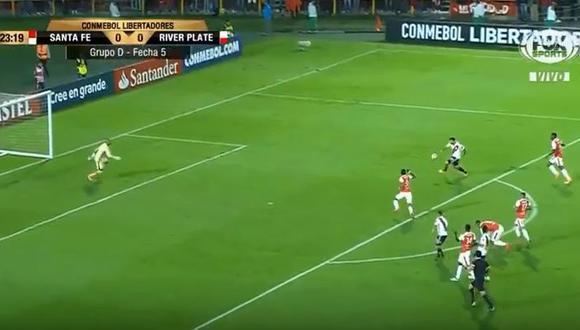 Lucas Pratto abrió el marcador para River Plate en el duelo por Copa Libertadores ante Independiente Santa Fe. El delantero aprovechó un gran pase de Quintero. (Foto: captura)