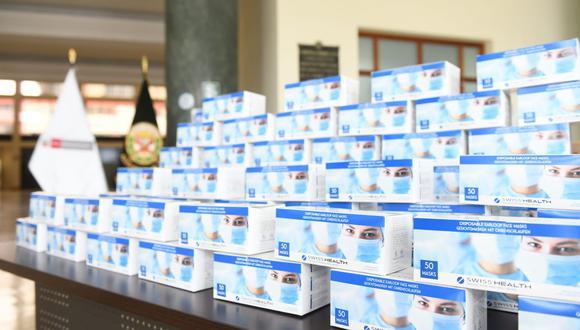 La entrega de estos implementos de protección fueron donados por la Embajada de Suiza en el Perú. (Foto: Mininter)
