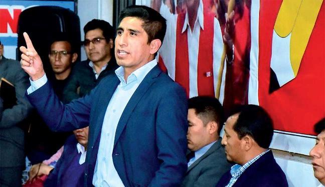 Cárdenas tuvo un rol activo en las últimas elecciones generales como secretario de organización de Perú Libre y ahora se encuentra prófugo. (Foto: Perú Libre)