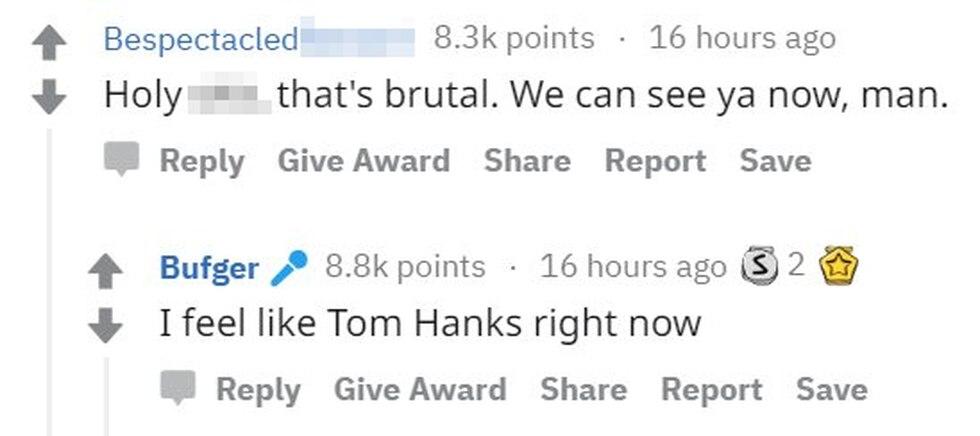 """Un usuario escribe: """"Hola*, eso es brutal, te podemos ver."""" Bown responde: """"Me siento como Tom Hanks ahora mismo"""". (Foto: Reddit)"""