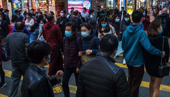 En su informe diario, la Comisión Nacional de Sanidad de China agregó que entre los contagiados había 461 pacientes en estado grave, mientras que 51 personas habían sido dadas de alta. (AFP)