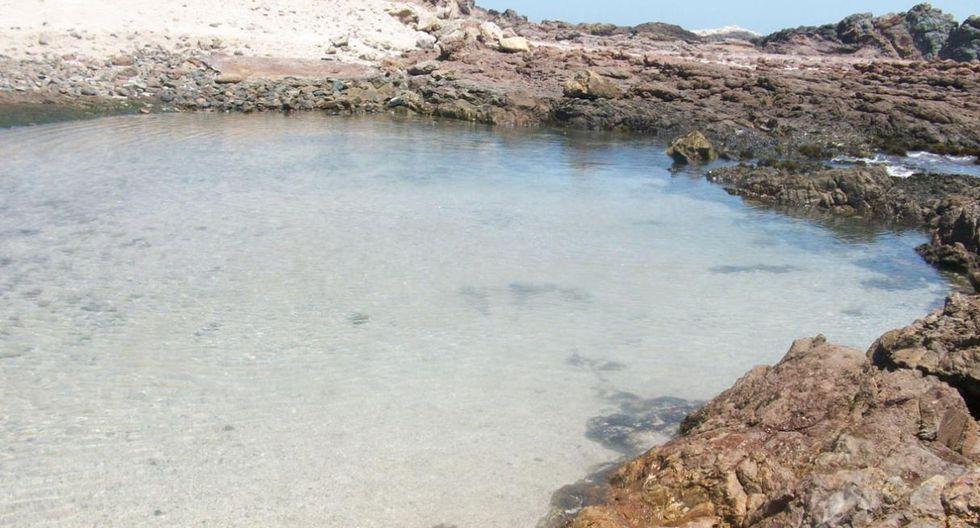 En Huarmey, La Pocita, una piscina formada por las rocas. El agua turquesa y su poca profundidad la hacen el sueño de cualquiera.