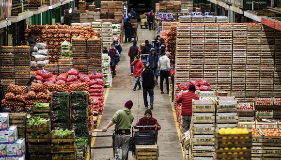 El mercado incluye un pabellón donde se venden productos al por menor con grandes descuentos. (Foto: AFP)