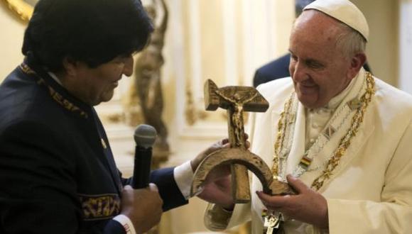 El Papa móvil, por Carlos Meléndez