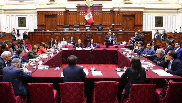 Comisión de Constitución debate proyectos sobre reforma política. (Foto: Congreso)