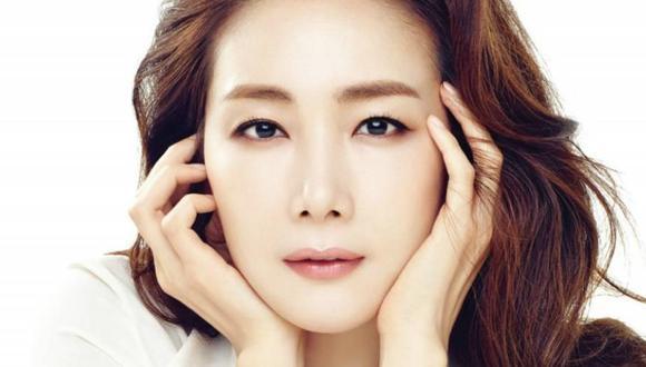 """Choi Ji Woo, la actriz coreana de los doramas """"Escalera al Cielo"""" y """"Sonata de Invierno"""", está esperando a su primer hijo a los 44 años (Foto: GEC)"""