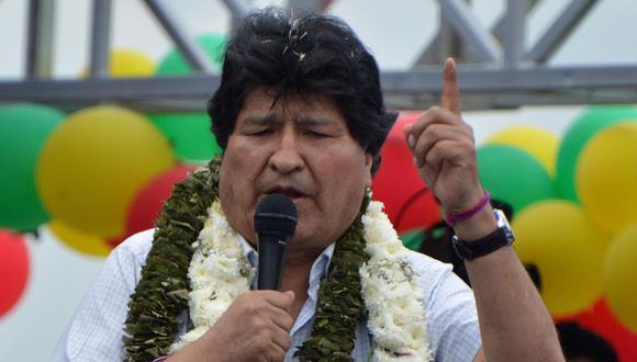 Evo Morales dice que con la proclamación de Pedro Castillo en el Perú triunfó la dignidad. (FERNANDO CARTAGENA / AFP).